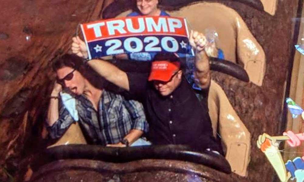 Hombre es expulsado de por vida de Disney por mostrar propaganda a favor de Trump