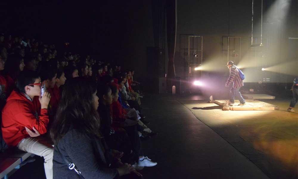 Presenta el ICBC  sesenta funciones de La Vieja Rabiosa del Norte, en Tecate; Obra ganadora del Nacional de Teatro Escolar