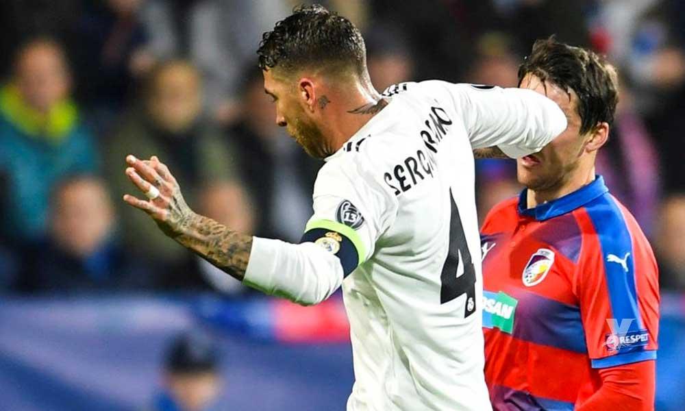 (VIDEO) Sergio Ramos impune después de un codazo a jugador del Viktoria