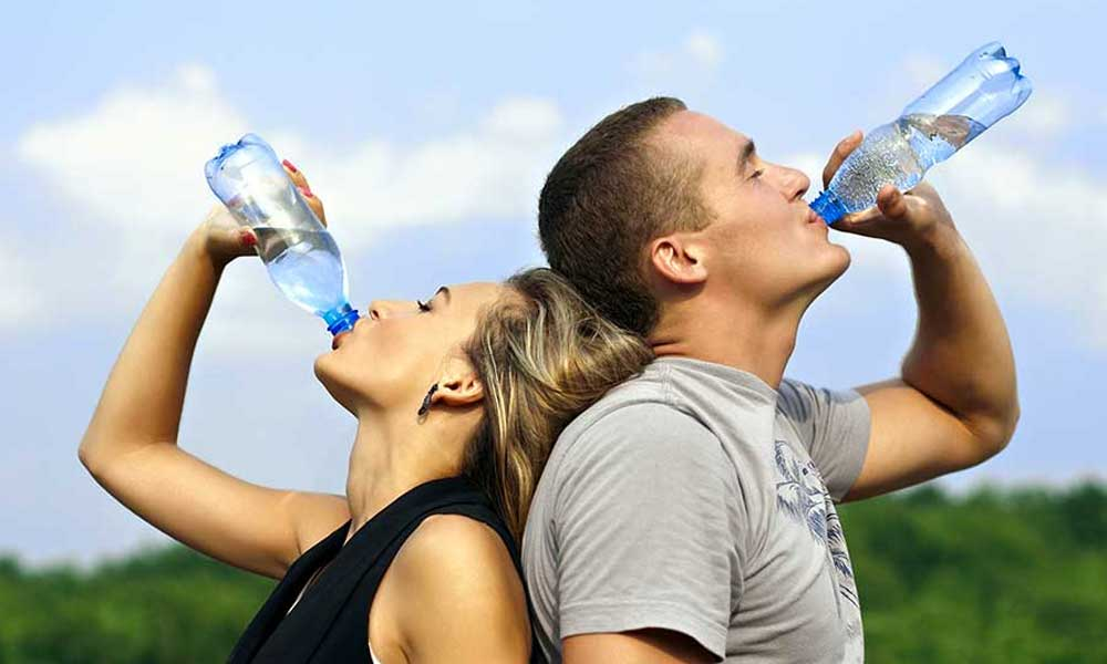 Sabes, ¿Qué le pasa a tu cuerpo si no tomas agua?