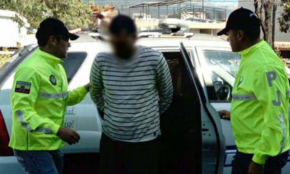 Conductor de camión escolar abuso sexualmente y contagió de VIH a un niño de 8 años