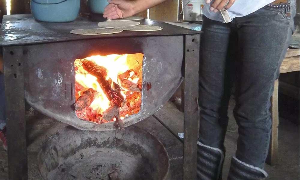 Llaman a evitar encender fogatas o anafres durante las bajas temperaturas de la Región