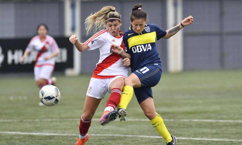 """Presidente deportivo asegura que el fútbol femenino es un """"caldo de cultivo del lesbianismo"""""""