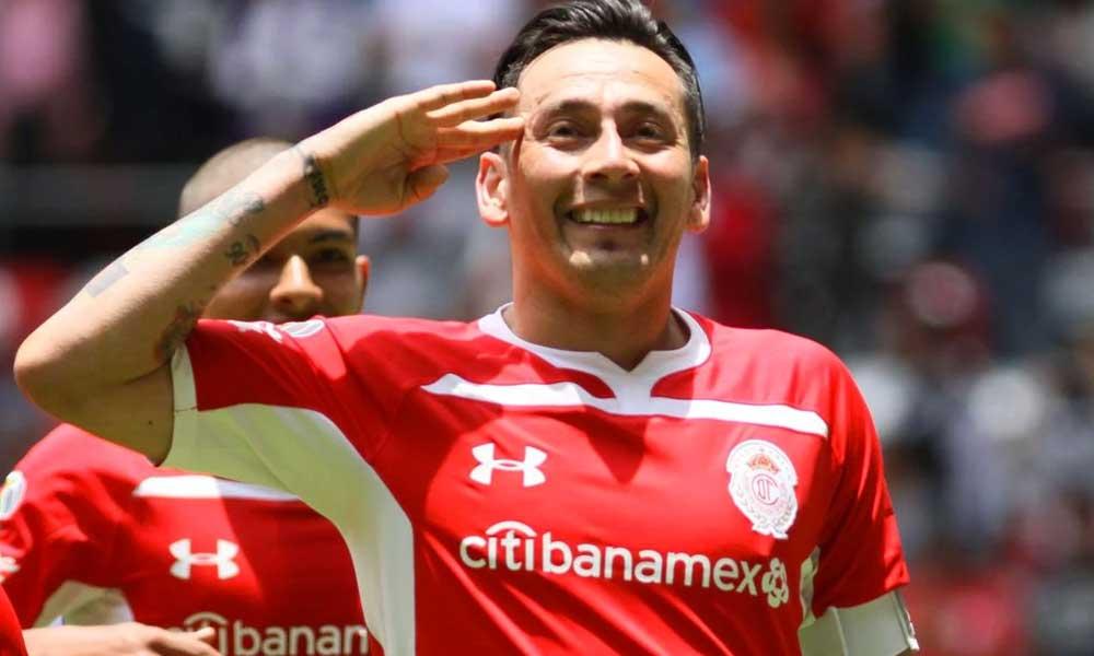 Rubens Sambueza se despide de la afición del Toluca