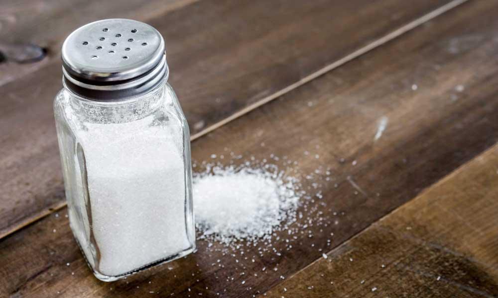 El 90% de las marcas de sal están contaminadas y contienen altas cantidades de plástico