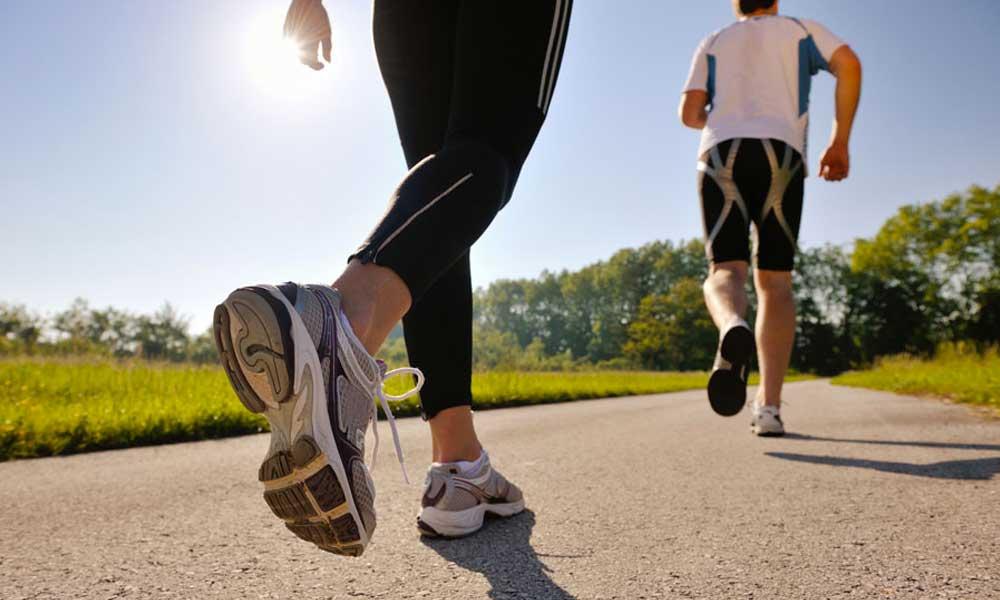 ¿Cómo beneficia a tu cuerpo caminar por 30 minutos?