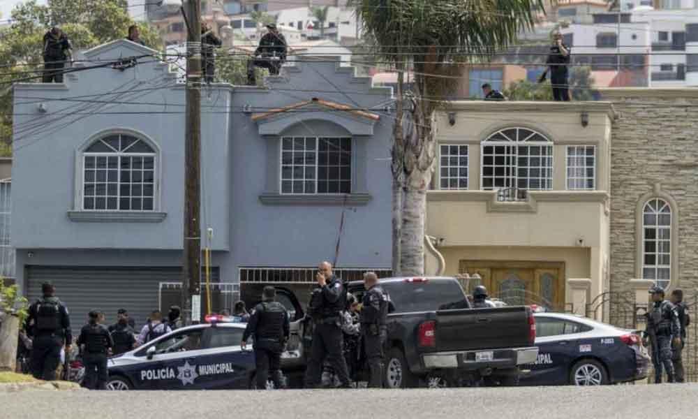 """Autorizan a Policías Municipales de Tijuana utilizar """"fuerza letal"""" en caso de sentirse en peligro"""