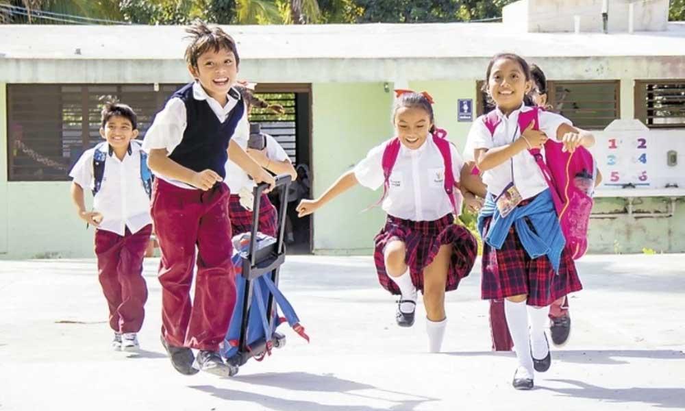 Hoy inician vacaciones de fin de año 25.4 millones de alumnos