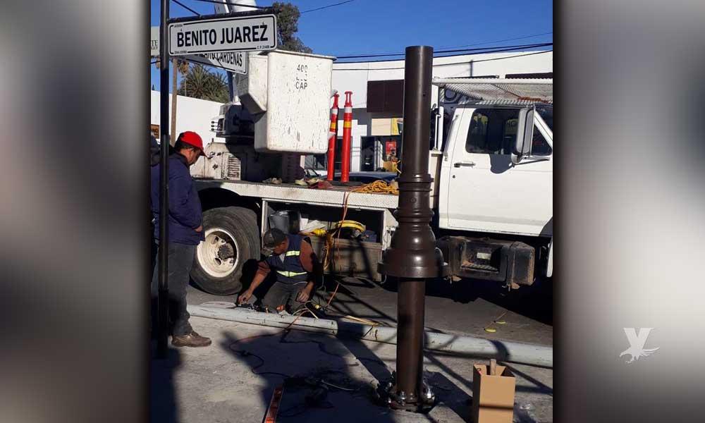 Gobierno del Estado instala nuevas lámparas en la zona turística de Tecate