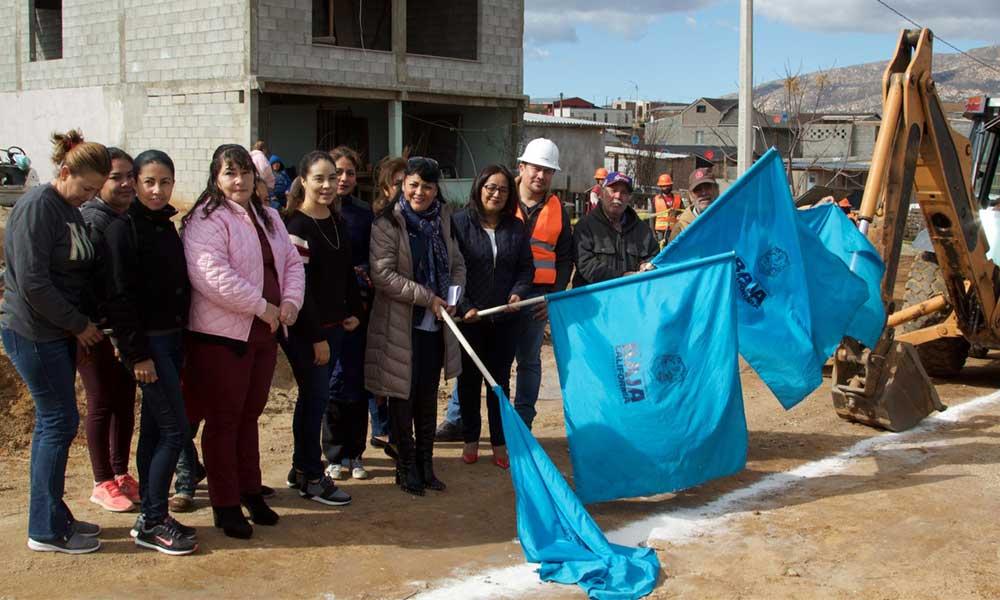 Inicia Gobierno del Estado obra para brindar de servicio de agua potable a la colonia Presidentes de Tecate