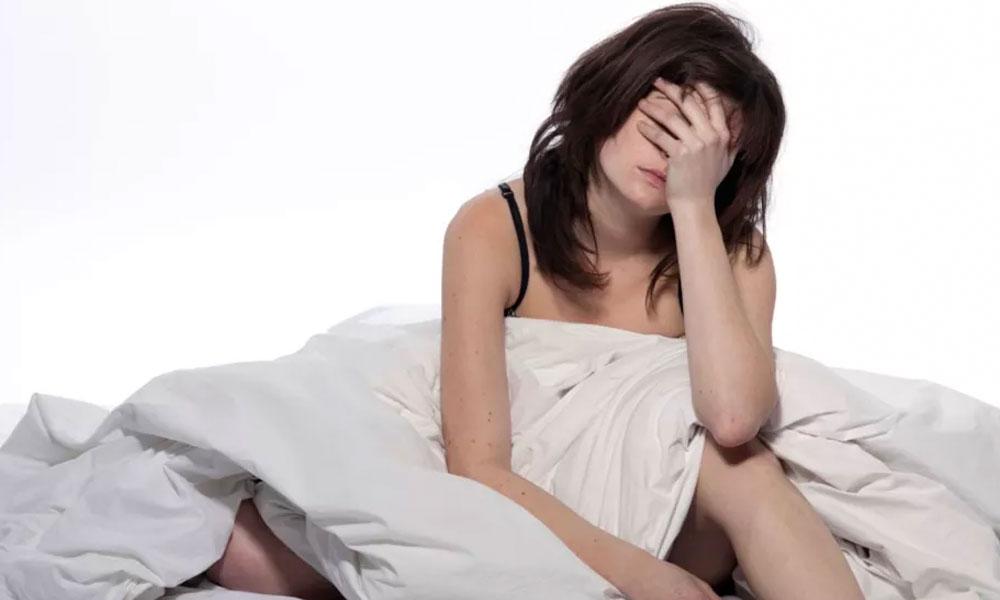 ¿Qué le pasa a tu cuerpo si duermes menos de 6 horas diarias?