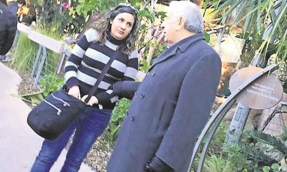 Ex gobernador buscado en Tabasco es captado de compras en San Diego