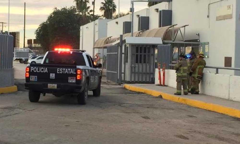 Grupo de migrantes incendian instalaciones del INAMI en Mexicali
