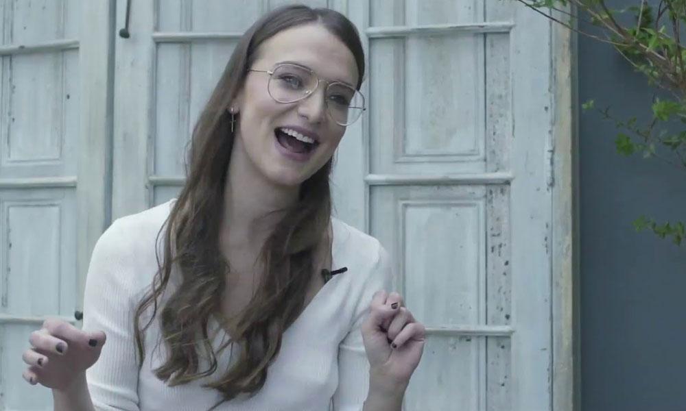 (VIDEO) Izzy Lush pasó de feminista a una cotizada actriz del porno