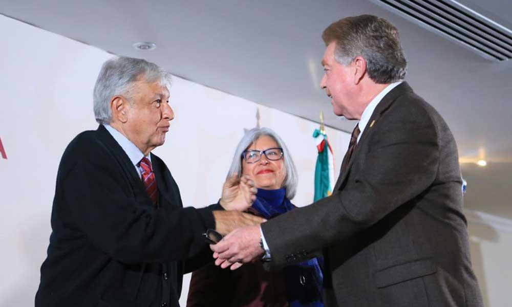 """López Obrador presenta el Programa """"Zona Libre de la Frontera Norte"""" en Tijuana"""