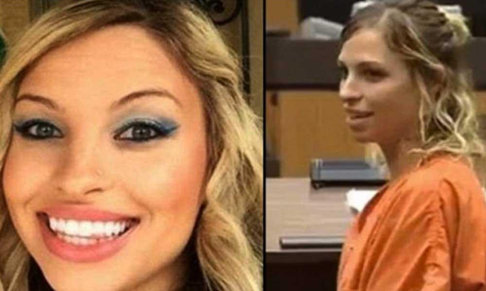Maestra es detenida por enviar fotos desnuda y material explícito a su alumno de 13 años