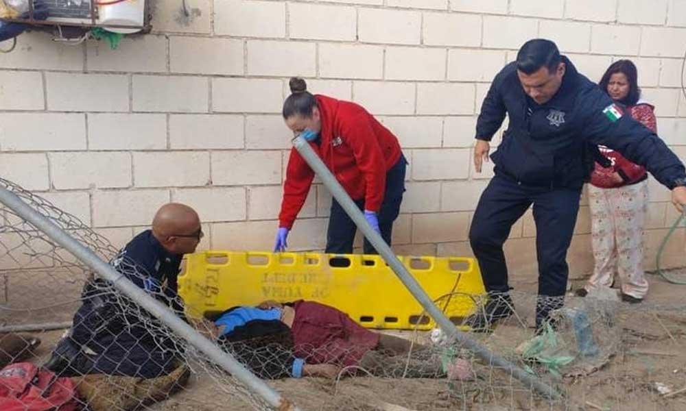 Mujer de 18 años choca contra una casa en Mexicali, atropella y mata a la dueña