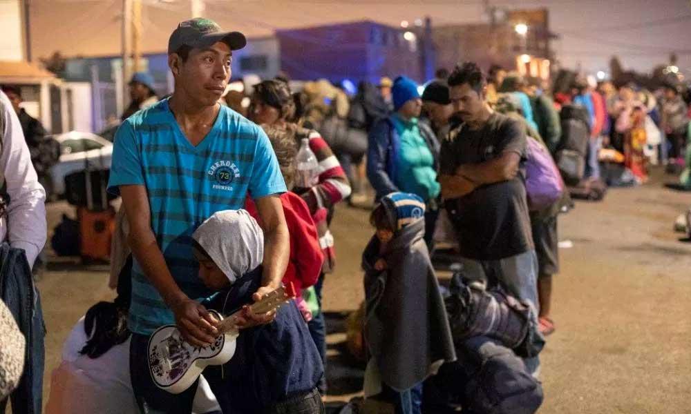 Grupos de defensa exigen declarar 'estado de emergencia' por migrantes en San Diego