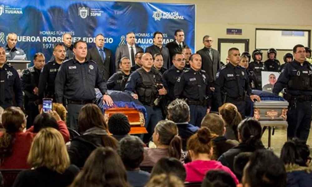 """Alcalde de Tijuana dice no temer a 'jalar' el gatillo y matar a los """"malandrines"""""""