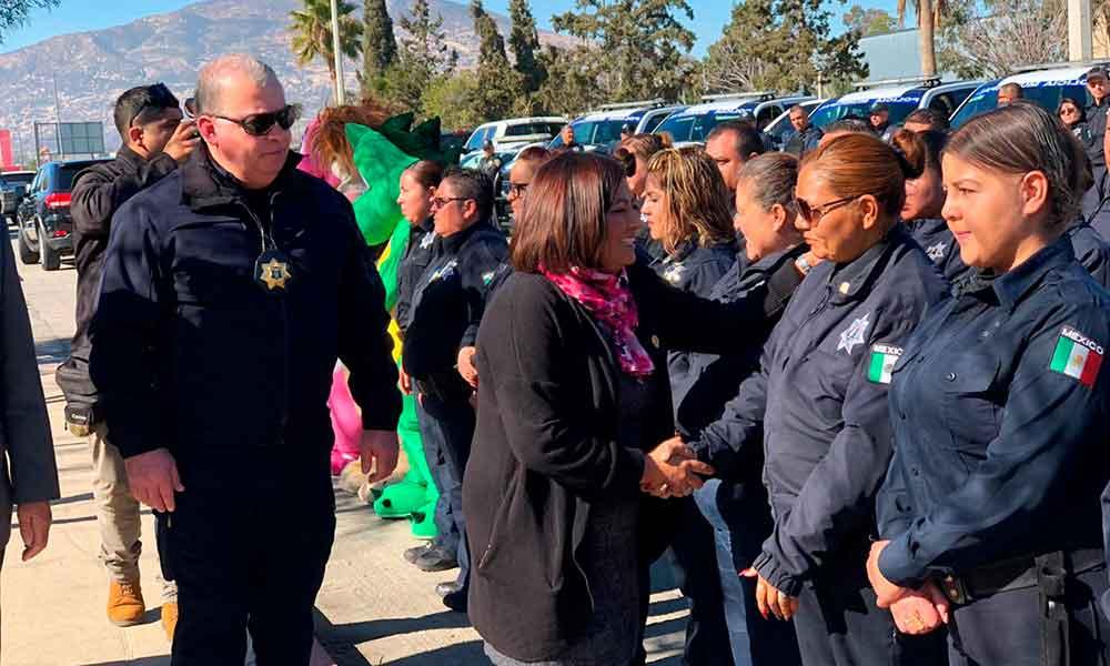 Gobierno Municipal de Tecate reconoce a oficiales por el Día del Policía