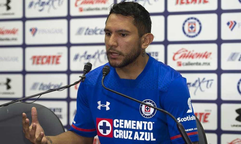 Walter Montoya denuncia que fue tratado como basura por Caixinha y Peláez