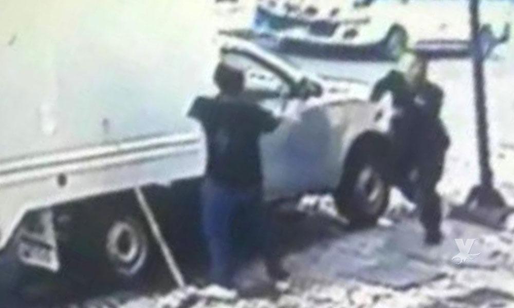 (VIDEO) Presunto integrante de los 'Mara Salvatrucha' asesina a dos policías en Chiapas