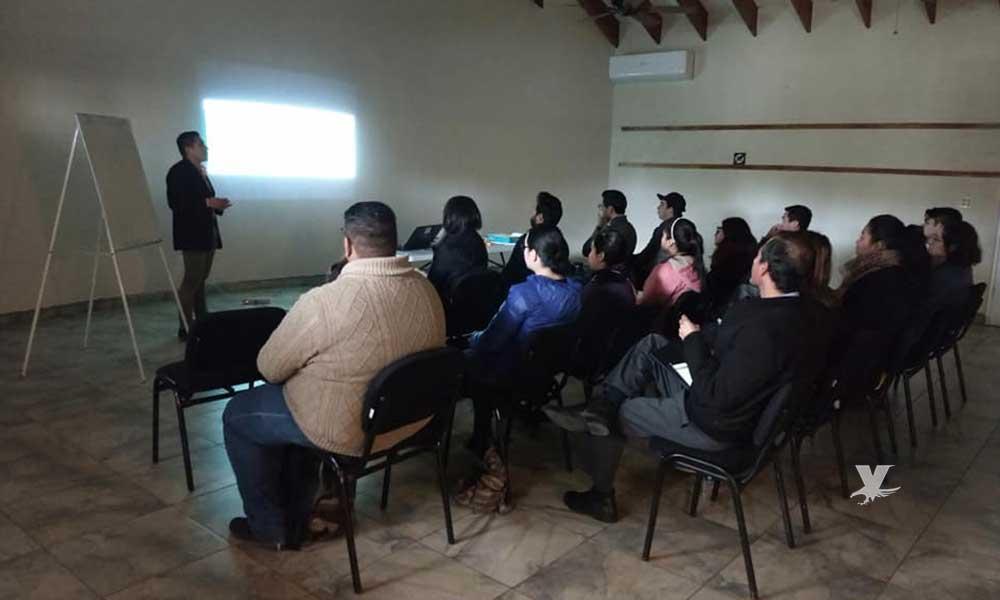 Capacitan a jóvenes tecatenses para la creación de ONG