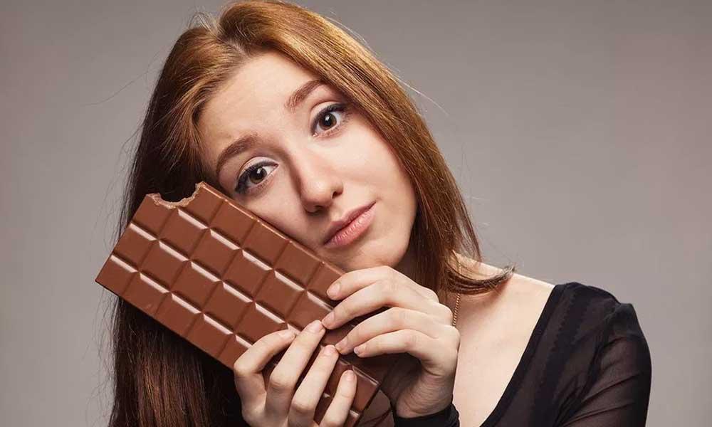 Sabias que, existe un chocolate que desaparece los cólicos menstruales