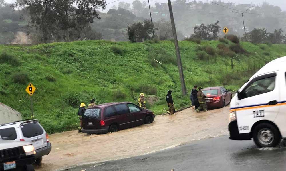 Bomberos advierte que lluvias generarán corrientes de agua en calles por saturación de suelo en Tijuana
