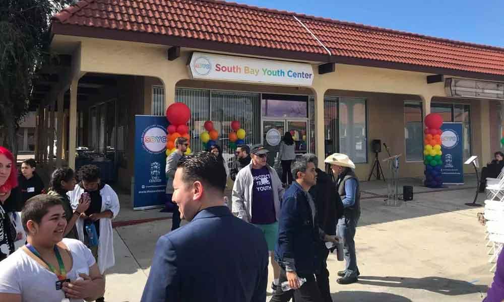 Comunidad LGBTQ en San Diego tiene nuevo centro de reunión para consejería