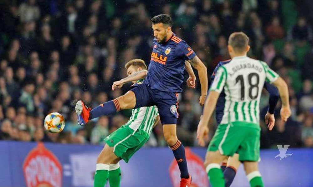 Betis busca derrotar a Valencia en su estadio para jugar la final de la Copa del Rey