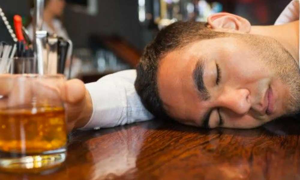 Rayos Láser es el nuevo tratamiento contra el alcoholismo