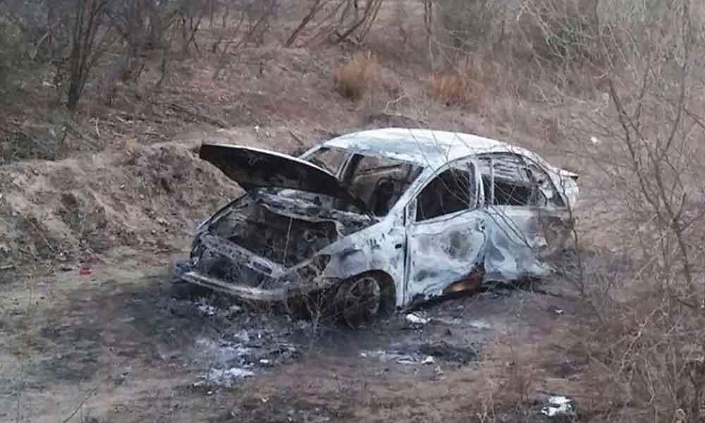 Encuentran calcinado dentro de su auto a titular del Ministerio Público de Puebla secuestrado el domingo
