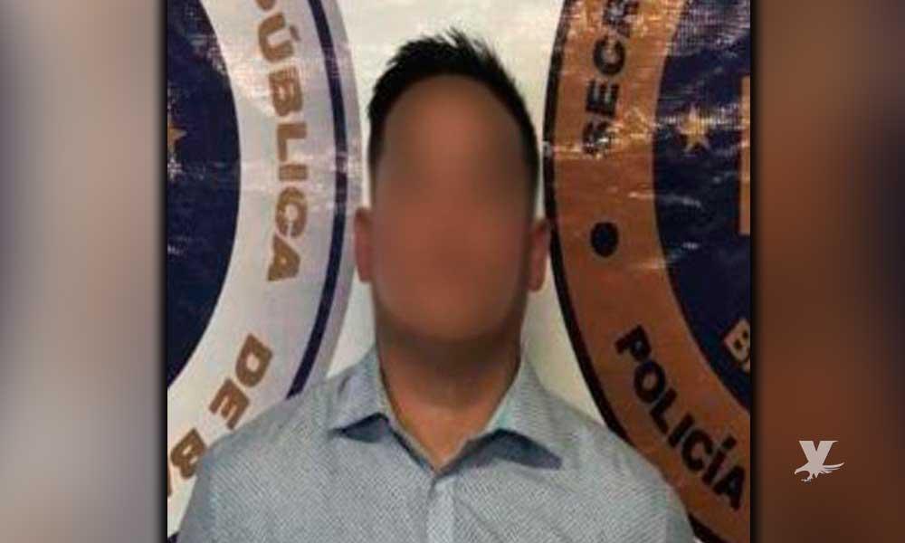 Capturan en carretera Tecate-Tijuana a estadounidense buscado por delitos contra la salud