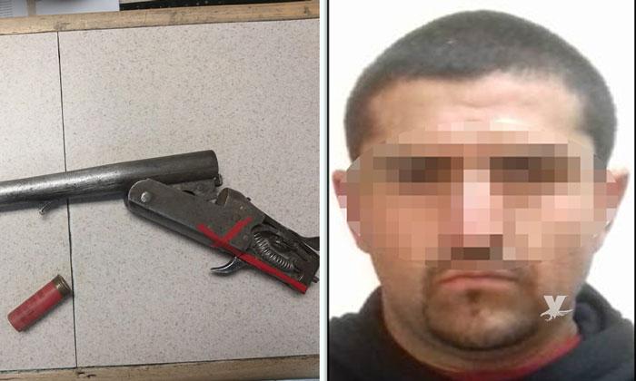 Asegura Policía Municipal de Tijuana a sujeto con escopeta
