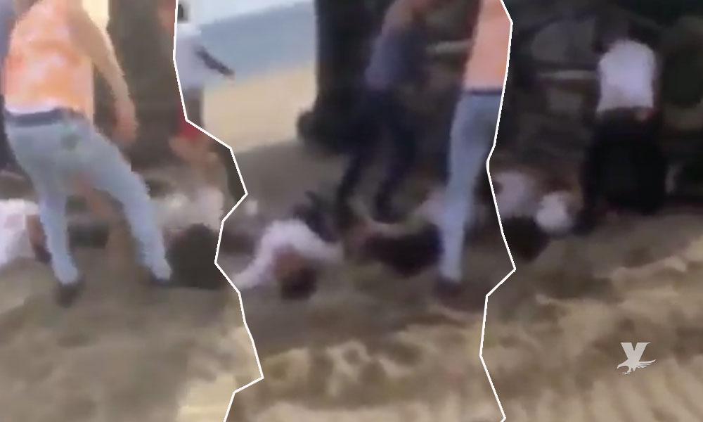 (VIDEO) Estudiantes de Cobach viajaban a toda velocidad sobre la playa y sufren terrible accidente