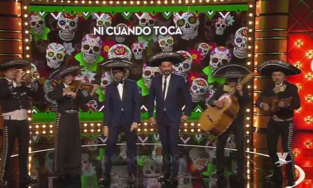 """(VIDEO) Prensa española se burla de la petición de AMLO vestidos de Mariachis y cantando """"México Lindo"""""""