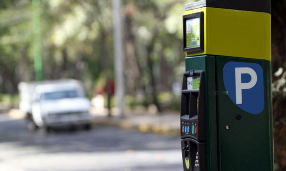 Autos sin placas no podrán estacionarse en la zona centro de Ensenada
