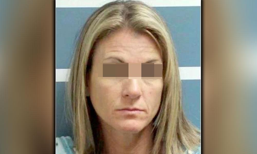 Madre es acusada de abusar sexualmente de dos jóvenes novios de sus hijas