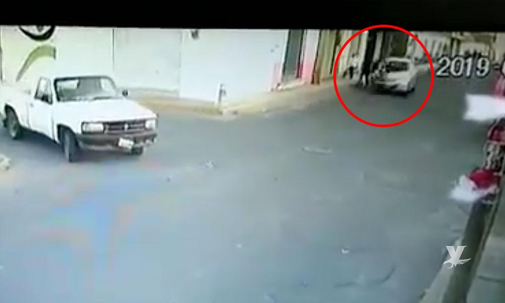 (VIDEO) Menor pierde la vida al ser atropellado por un hombre que conducía a exceso de velocidad