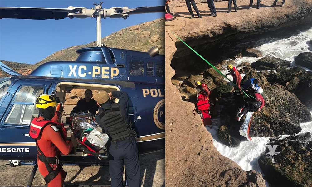 Rescatan a persona que cayó a un acantilado en Ensenada