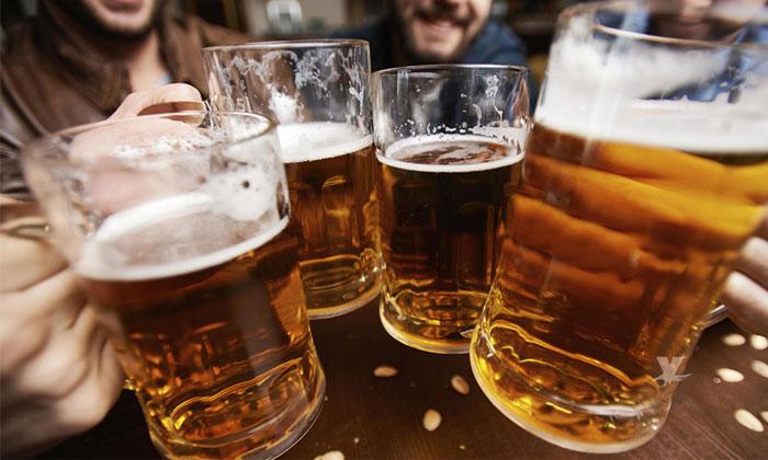 Proponen iniciativa para vender cerveza caliente y así evitar el consumo de alcohol
