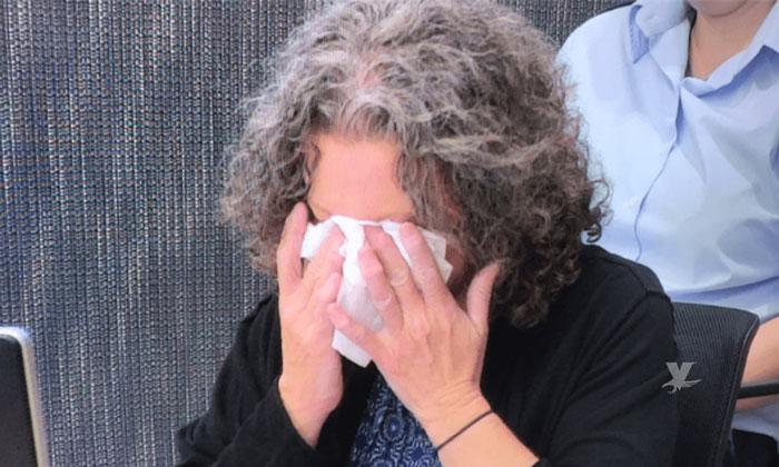Mujer que asesinó a sus 4 hijos llora durante juicio porque los extraña
