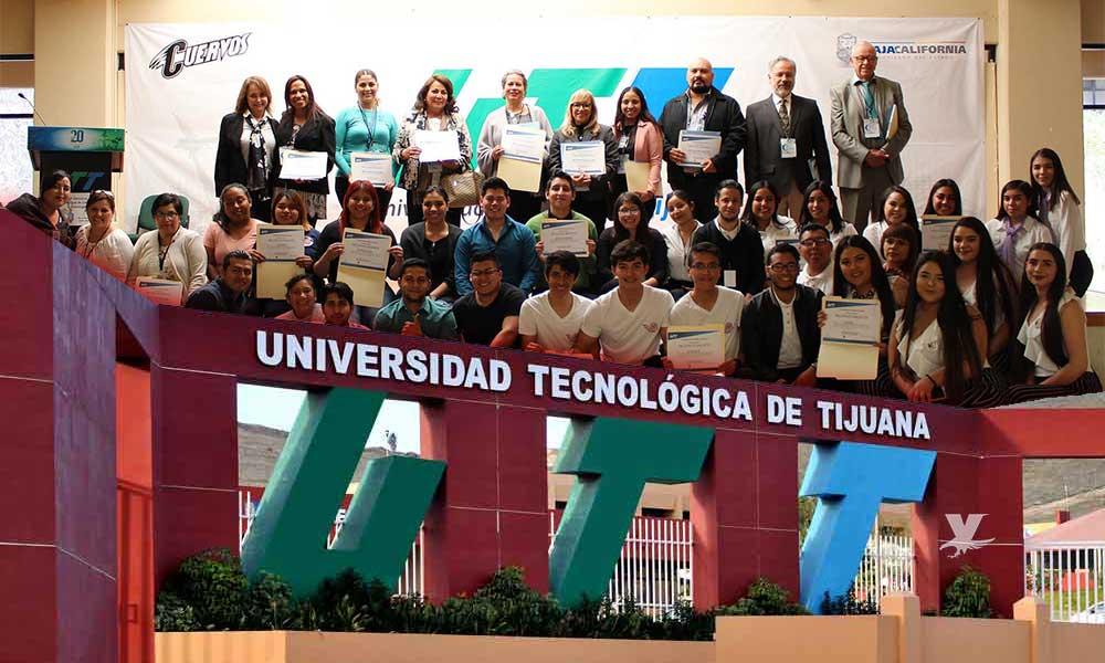 Participan más de 100 alumnos en Concurso de Creatividad de la UTT