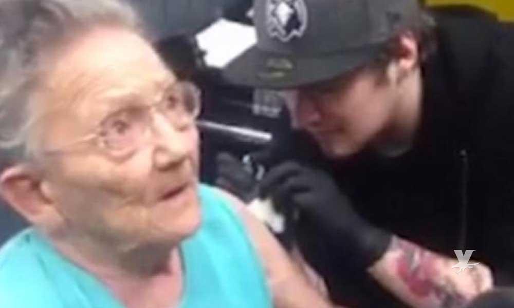 Abuelita escapa de asilo para ir a hacerse su primer tatuaje