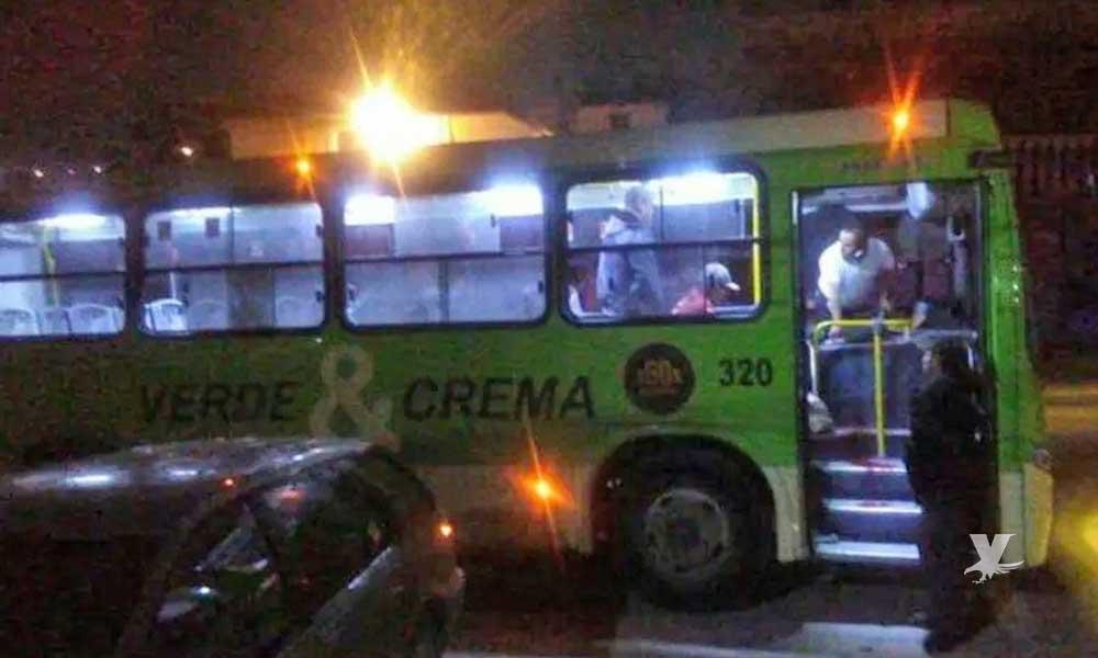 Matan a un hombre en asalto sobre autobús verde y crema en Tijuana