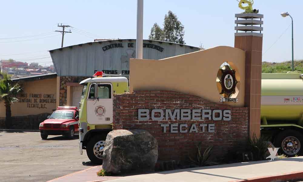 Bomberos de Tecate son atacados a balazos mientras atendían un llamado de emergencia