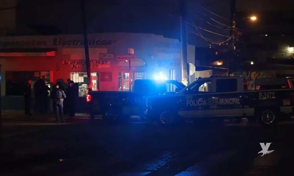 Agreden a oficial de policía fuera de servicio en la colonia Morelos