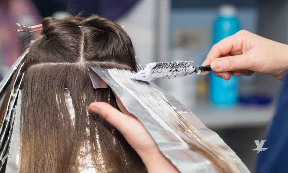 Pintarse el cabello constantemente aumenta el riesgo de cáncer