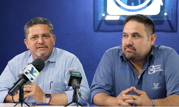 Realiza candidato El Profe Mario Benítez conferencia de prensa en Tecate